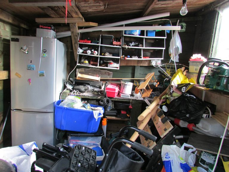 move safe move cheap but be tidier than this mess with Brisbane Removalists